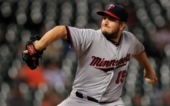 Former Gopher Glen Perkins leads Major League Baseball with 24 saves. (Thomas Campbell-USA TODAY Sports)