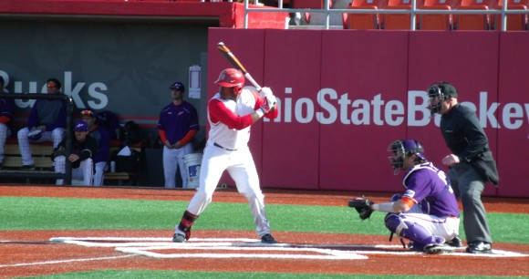 Ohio State sophomore outfielder Ronnie Dawson picked up a home run and swiped four bags against Michigan State.